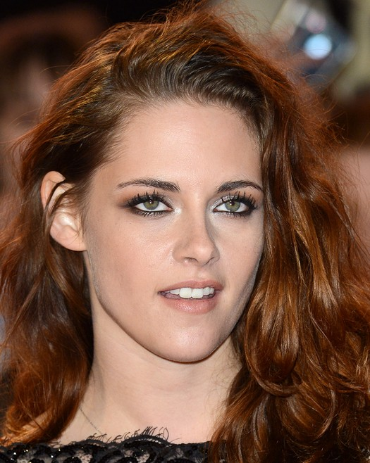 Kristen Stewart long copper hairstyle for thick hair