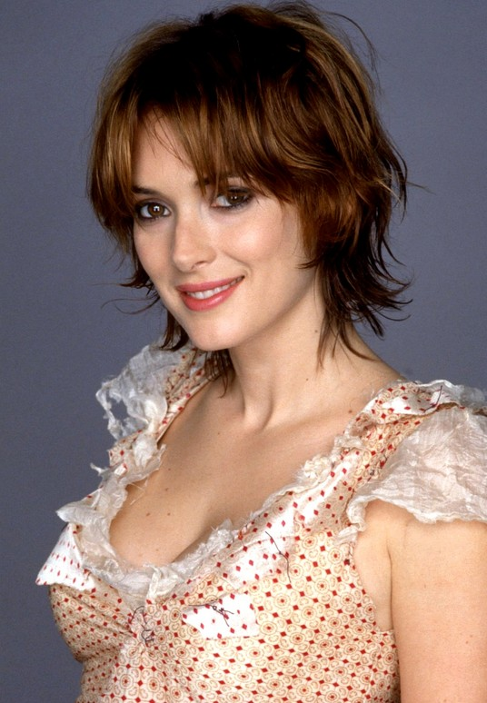 Winona Ryder layered short messy hairstyle with bangs