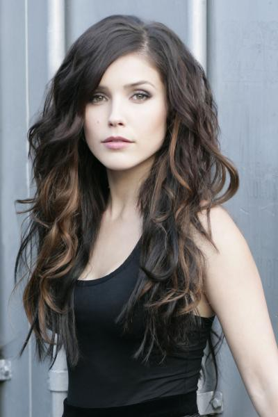 Hair Color Ideas 2014 - Long Dark Wavy Hairstyle with Highlights