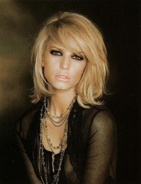 Jessica Simpson Short Haircut with Bangs