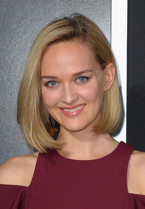 Jess Weixler Short Straight Haircut for Women
