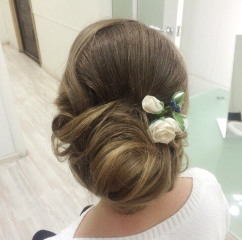 popular romantic wedding hairstyles
