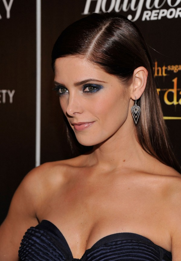 Ashley Greene Side Parted Long Sleek Hair Style