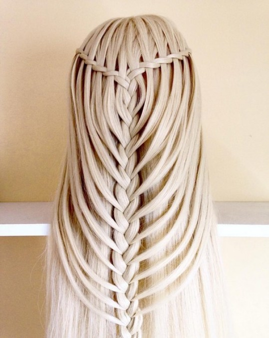 A waterfall twist into a mermaid braid inspired