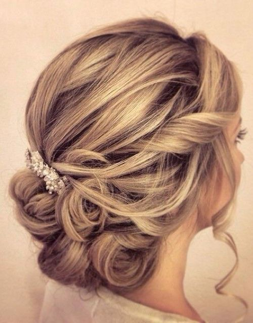 wedding updos for medium length hair