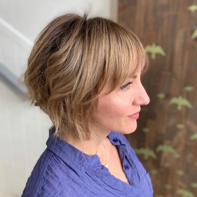 8 Best Hairstyles for Women Over 50 to Look Younger