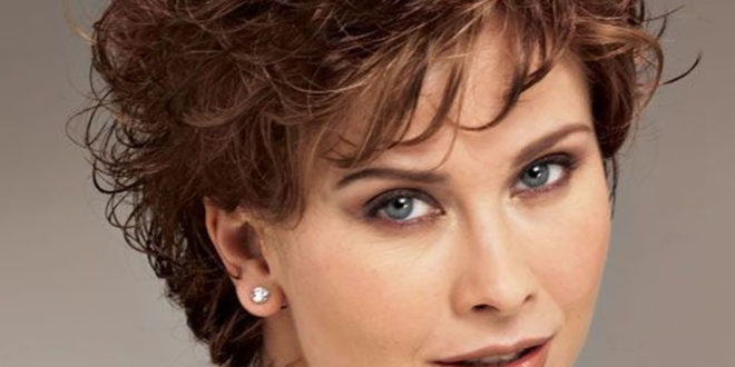 Short Hairstyles For Curly Hair 2019 Hairstyle Woman