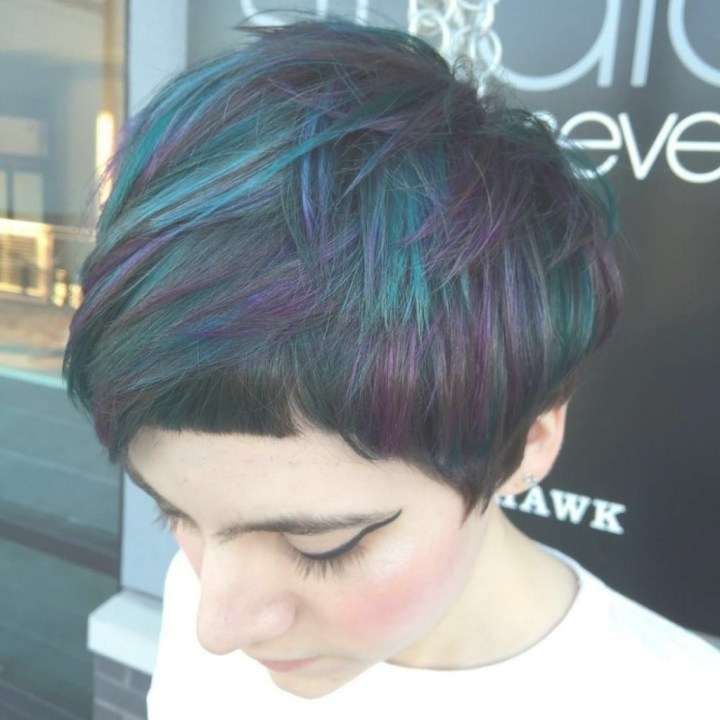 Creative Short Hair With Blue Highlights For Women Hairstyle Woman