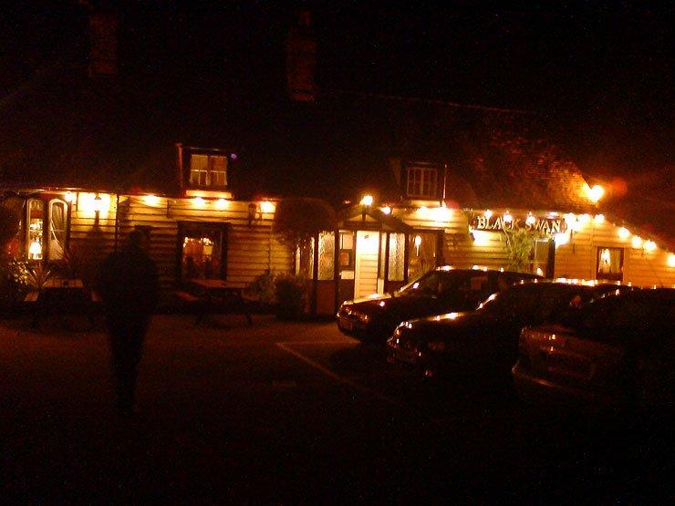 The Black Swan Waltham Abbey Essex Pub Review - The Black Swan, Waltham Abbey, Essex - Pub Review