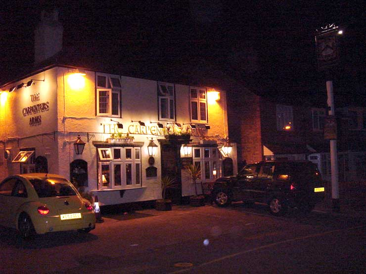 The Carpenters Arms Loughton Essex Pub Review - The Carpenter's Arms, Loughton, Essex - Pub Review