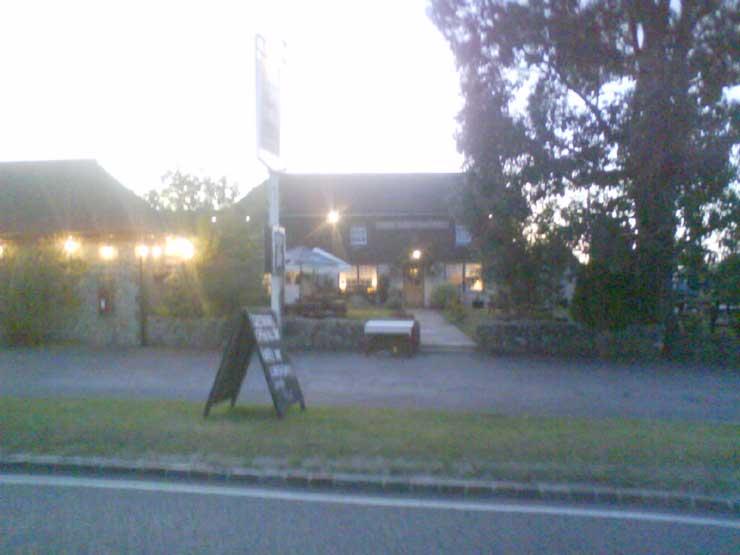 The Greyhound Inn Midhurst West Sussex Pub Review - The Greyhound Inn, Midhurst, West Sussex - Pub Review