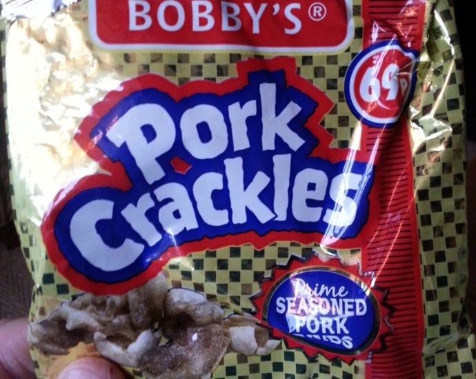 Bobbys Pork Crackles Review - Bobby's Pork Crackles Review (b)