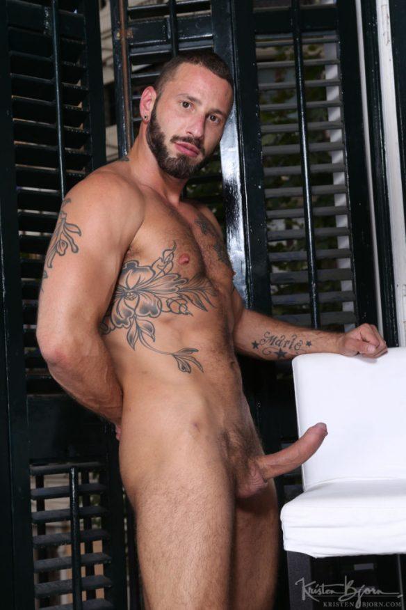 Antonio Miracle 03