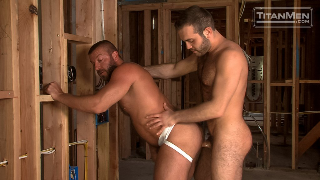Hairy Guy Adam Thicke Fucks Hunter Marx Hard 03