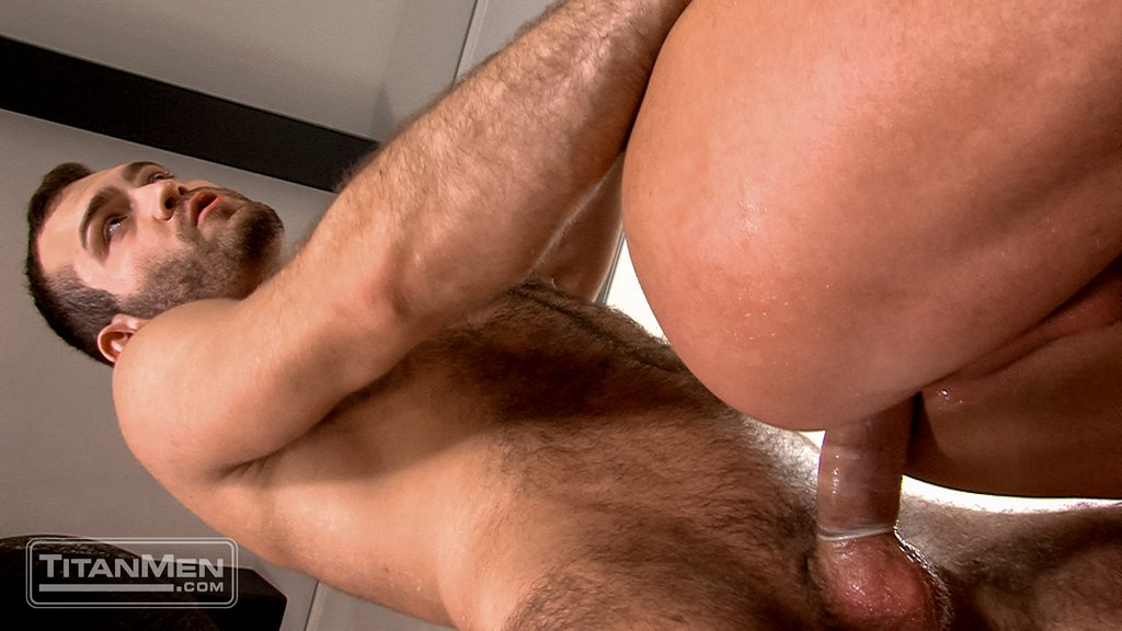 Hairy Stud Adam Thicke Fucks Luke Adams 04