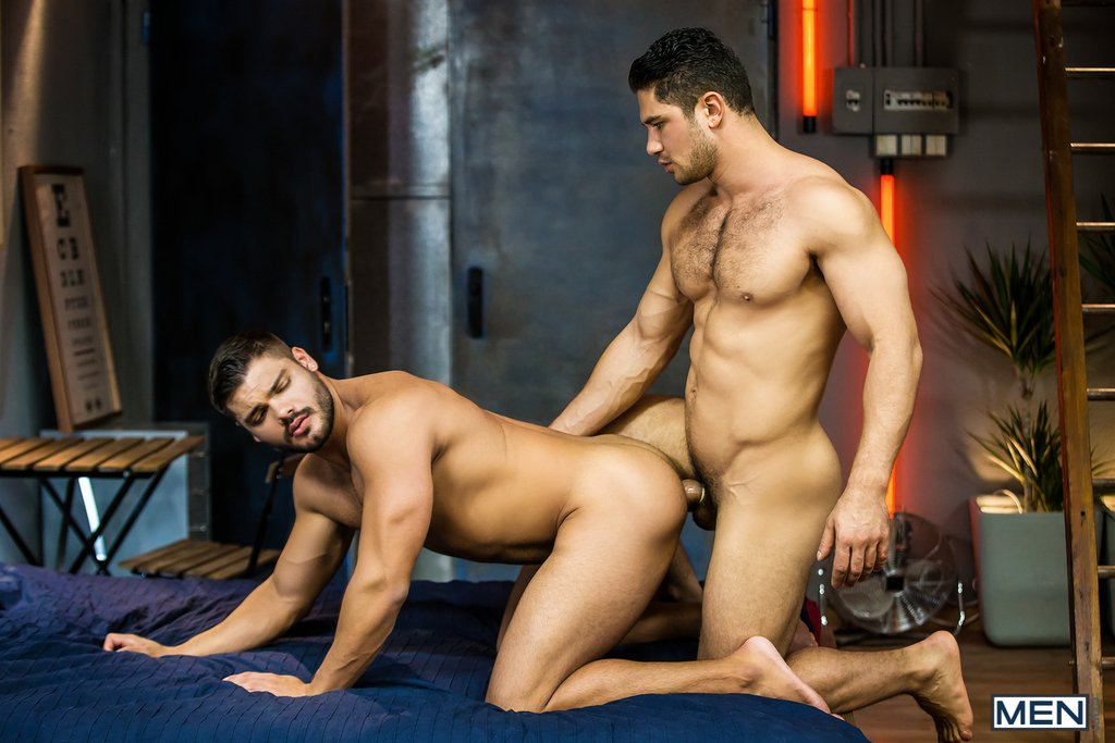 Dato Foland Fucks Sexy Hunk Nicolas Brooks 01
