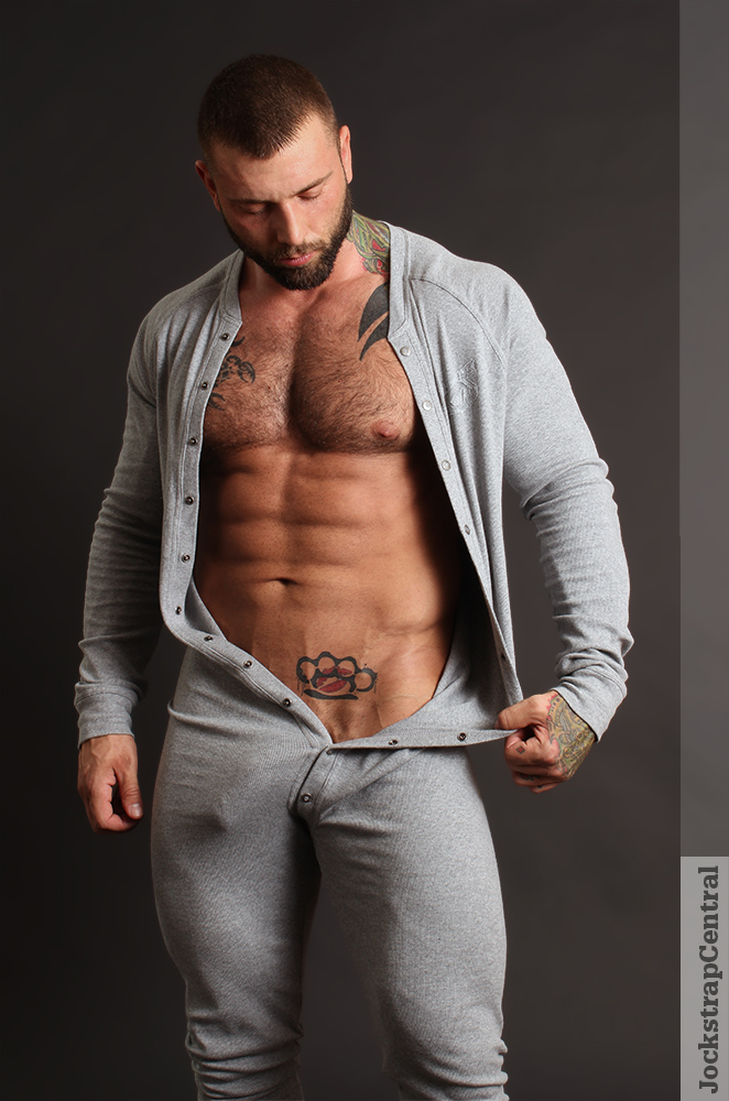 Masculine Model Simon Marini 09