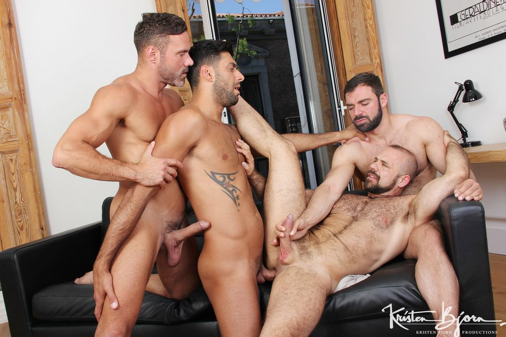 Two Hot Gay Couples Fuck Raw 07