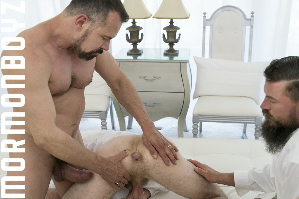 Two guys double penetrate a lonely brunette widow - 2 part 7