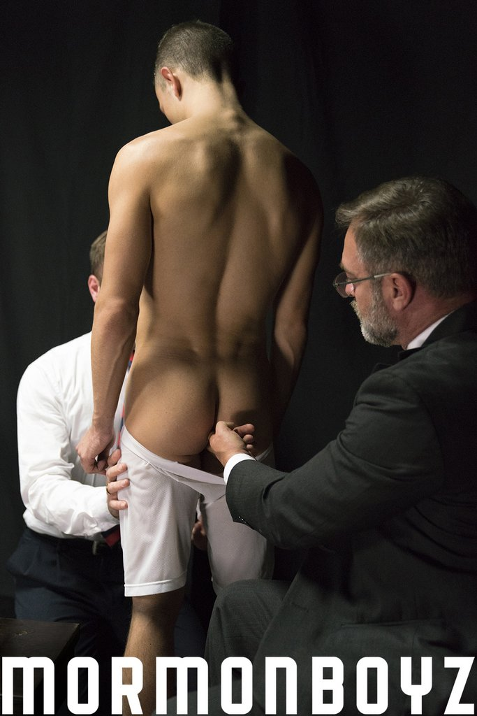 Kristofer Weston and Peter Marcus Drill Young Bottom 02