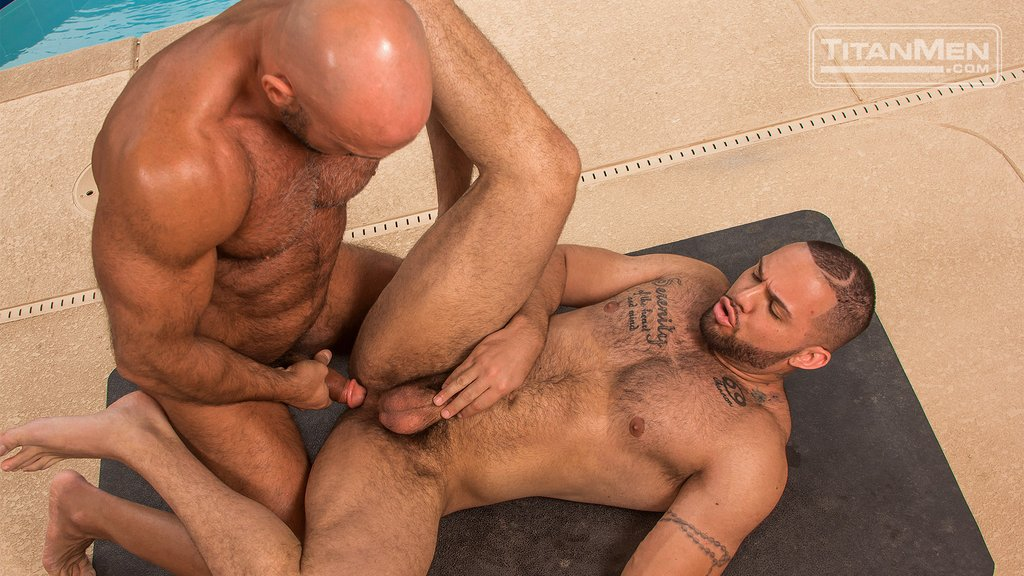 Jesse Jackman Fucks Julian Knowles Outdoor 01