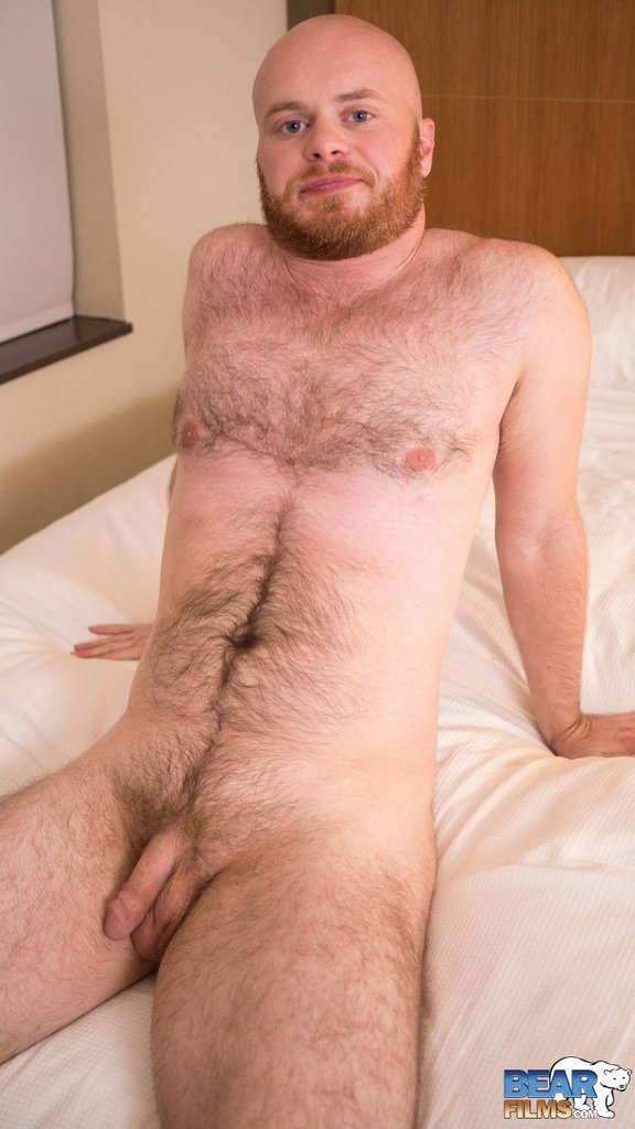 Ginger Bear Cub Chris Wydeman Gets Nude 09
