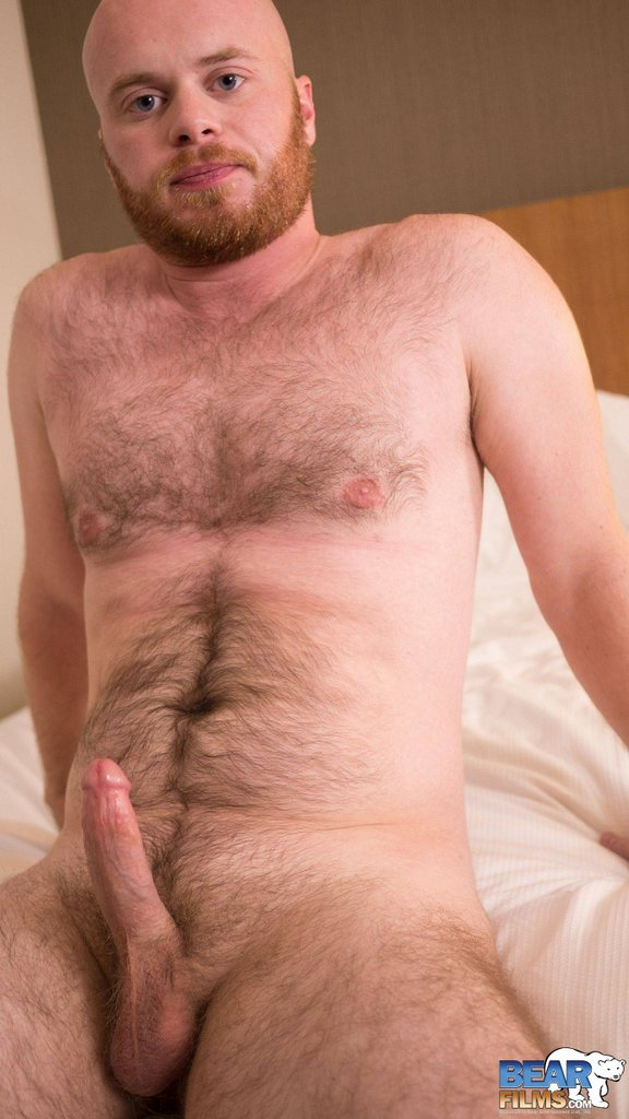 Ginger Bear Cub Chris Wydeman Gets Nude 11