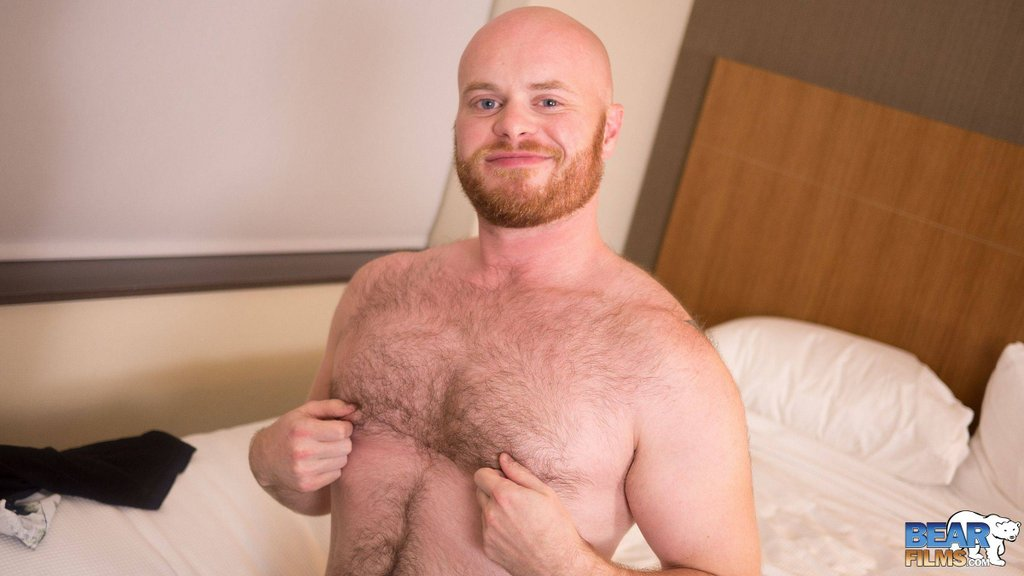 Ginger Bear Cub Chris Wydeman Gets Nude 04