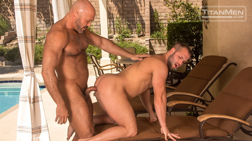 Jesse Jackman Fucks Luke Adams Hard 01