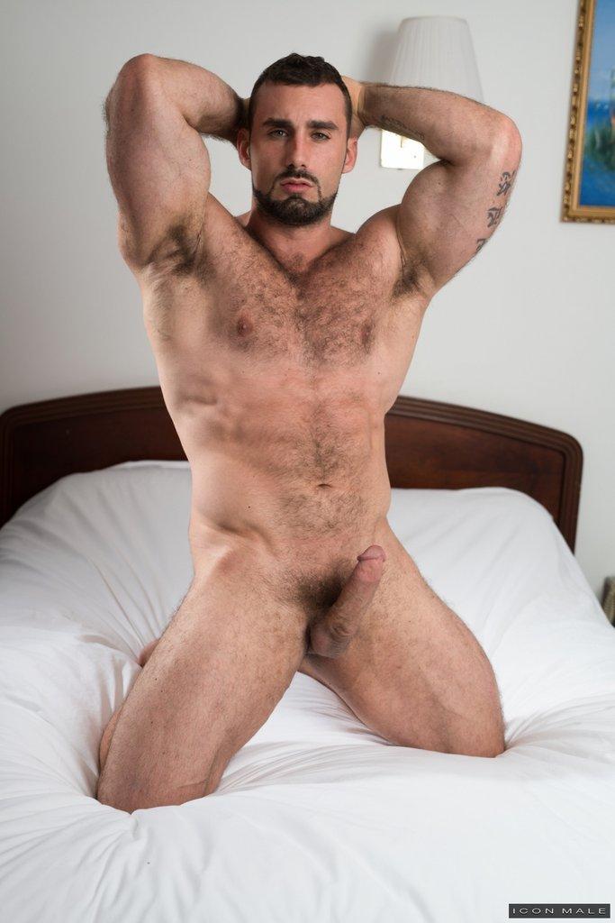 Horny Daddy Jaxton Wheeler Shows Off 12