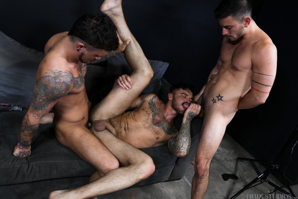 Seth Knight and Cris Knight Fuck Cesar Rossi 04