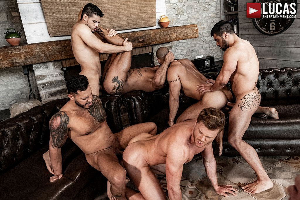 Six Sexy Hunks Fuck Raw 02