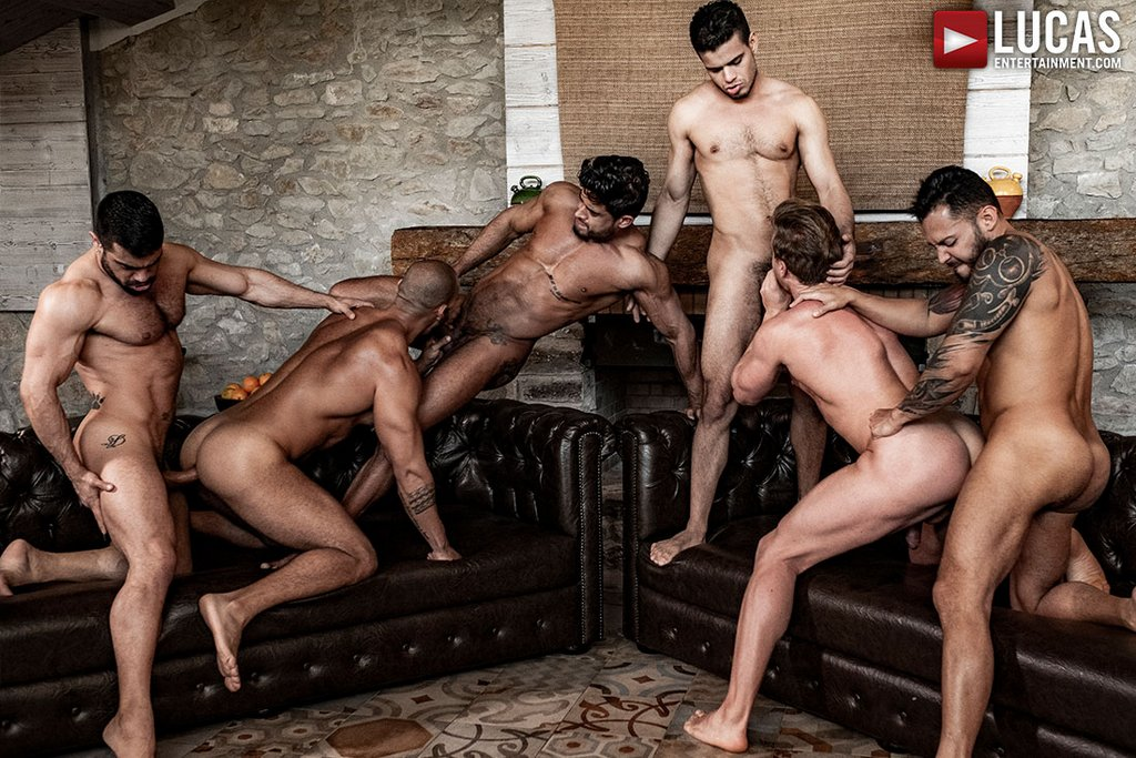 Six Sexy Hunks Fuck Raw 01