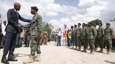Jovenel Moïse complète le haut état major des nouvelles Forces armées d'Haïti