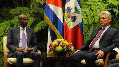 Le président Haïtien Jovenel Moïse arrivé à Cuba en visite officielle avec son homologue le président des Conseils dÉtat et des ministres cubain Miguel Diaz Canel