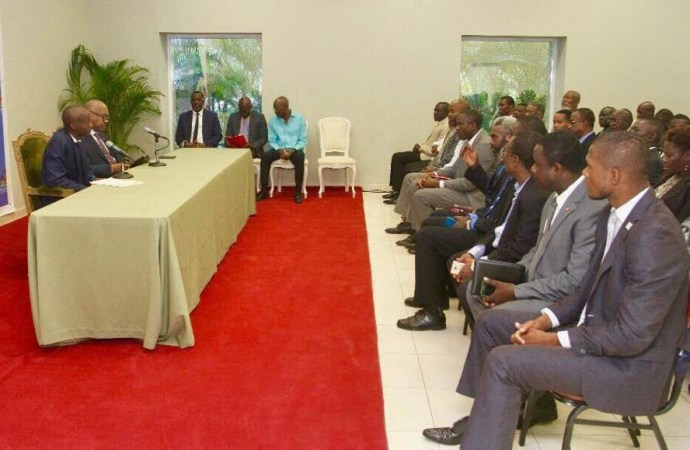 Haïti-Politique: Le Président de la République, SEM Jovenel Moise poursuit les consultations avec les partis politiques