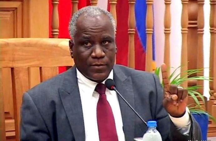 Connu pour son arrogance, l'ex-ministre, Anick Joseph risque d'être borgne
