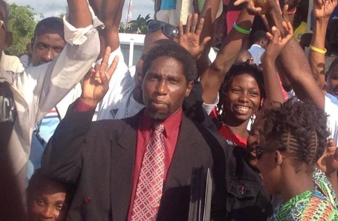 Haïti/ Politique  La commission politique AD Hoc Fanmi Lavalas rappelle à l'ordre le député Norzéus Patrick