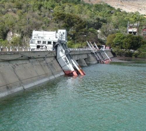 Haïti-Energie: Jovenel Moïse supervise les travaux de construction du barrage hydroélectrique sur la rivière Marion