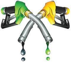 Augmentation des prix du carburant: parlementaires pro et anti-gouvernementaux s'y opposent
