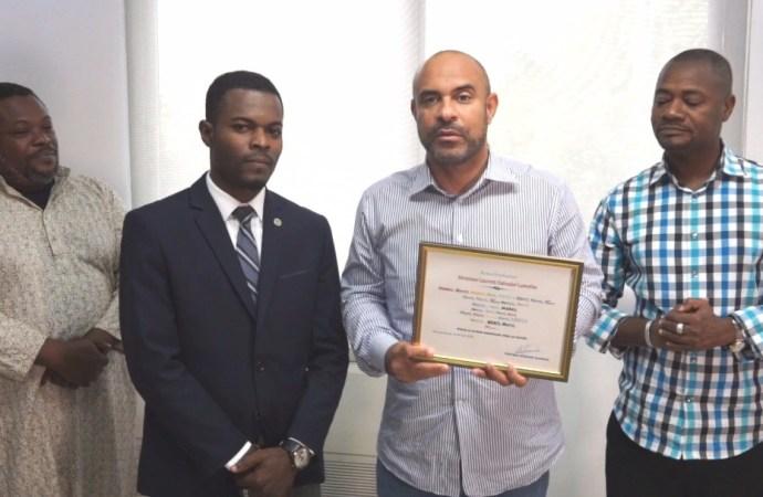 Haïti-Social: Laurent Lamothe honoré pour son altruisme
