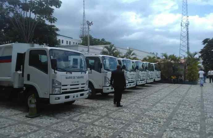 Jovenel Moïse continue de doter les mairies d'équipements