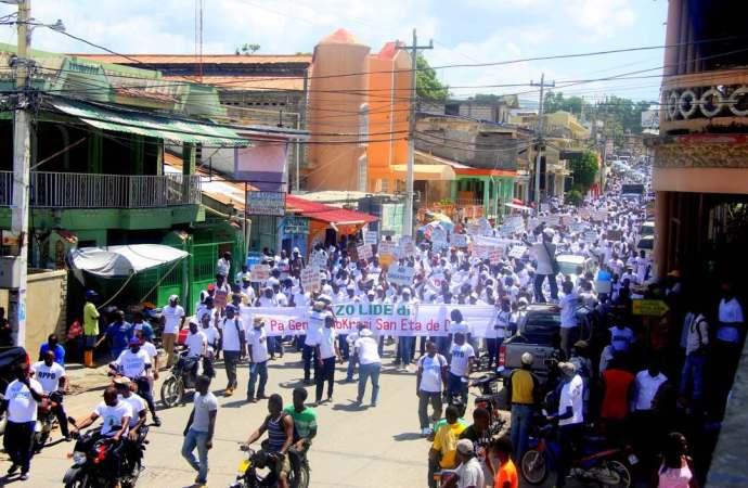 Attaque contre la résidence de Joseph Lambert: Sud-est en mode protestation