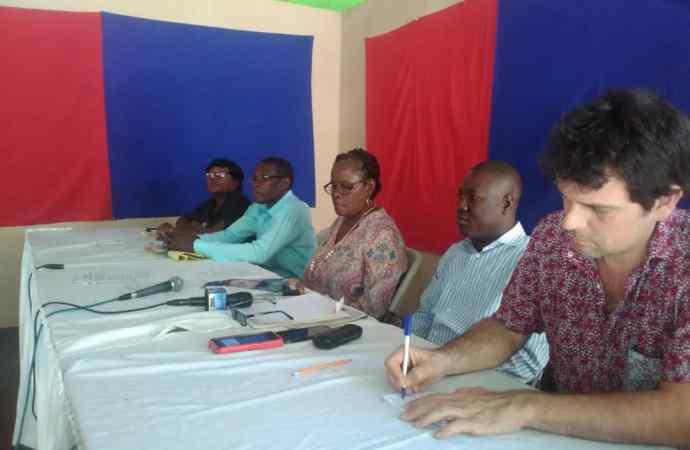 La plateforme des syndicats d'enseignants annonce deux journées de grève