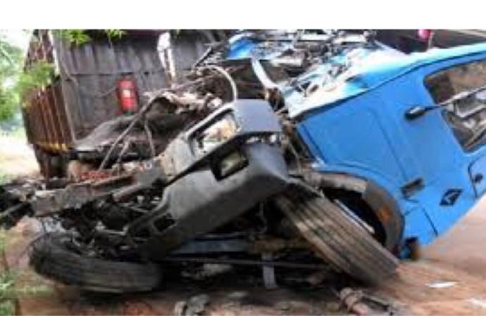 Un mort lors d'un accident de circulation impliquant deux camions