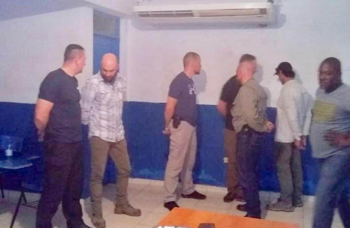 Arrestation de 7 américains en possession d'armes en Haïti, les USA confirment