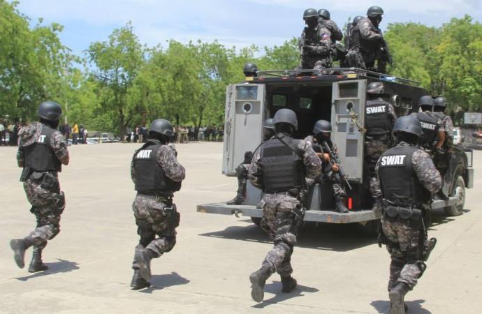 Jean Michel Lapin s'attèle à rétablir la sécurité dans le pays