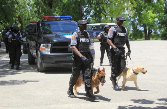 La PNH pourchasse le chef de gang, Arnel Joseph, à Marchand Dessalines
