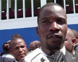 """Haïti-Crise-MINUJUSTH: René Monplaisir boude l'invitation de Jovenel et répond à celle du """"blanc"""""""