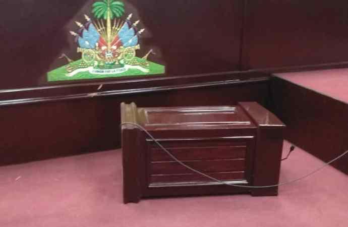 La séance en assemblée nationale dans l'impasse, Printemps Belizaire sort ses griffres